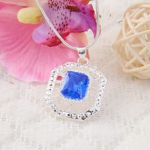 NWOT Silver & Blue & White Topaz Necklace